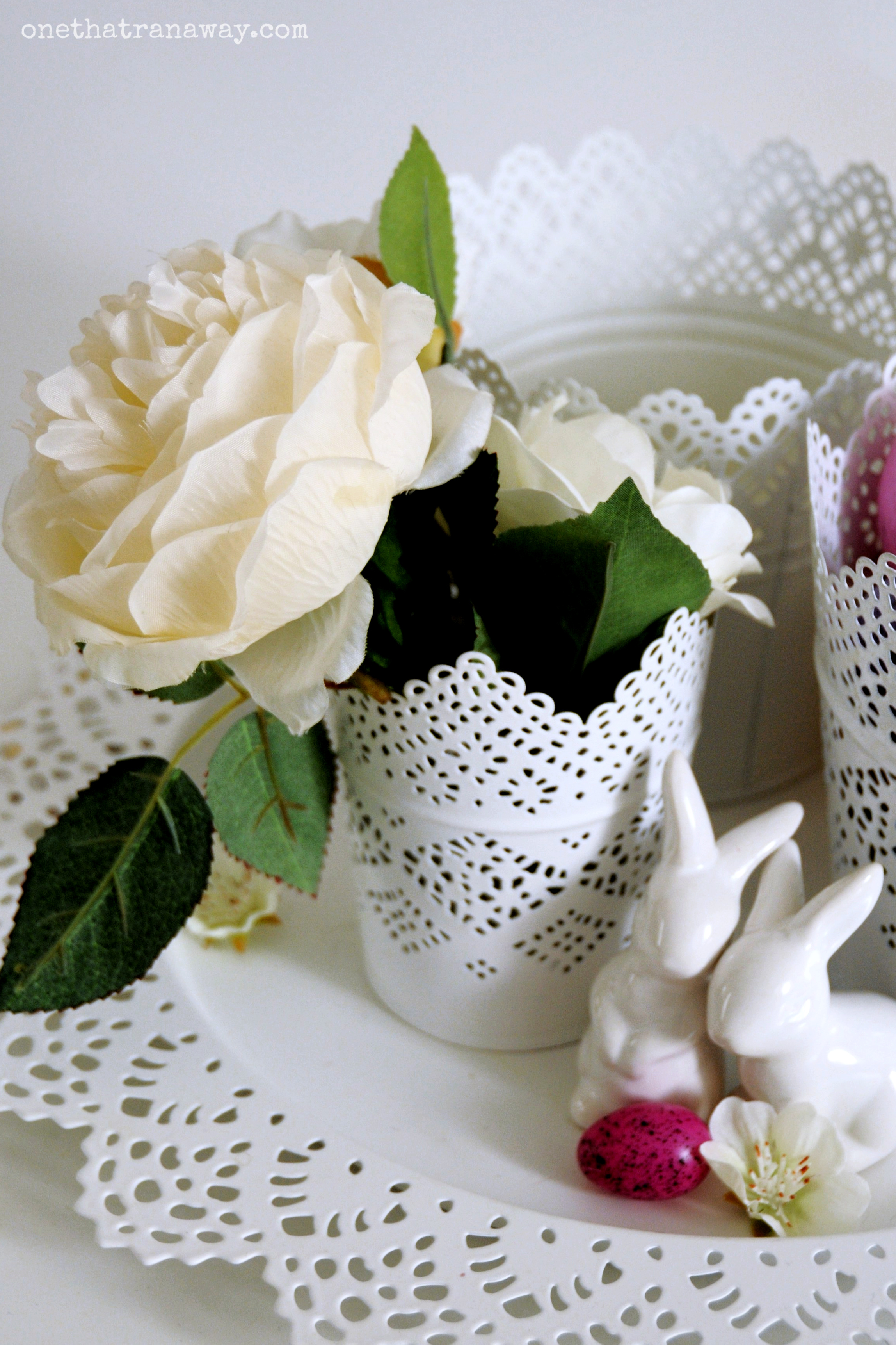 easter center piece in white