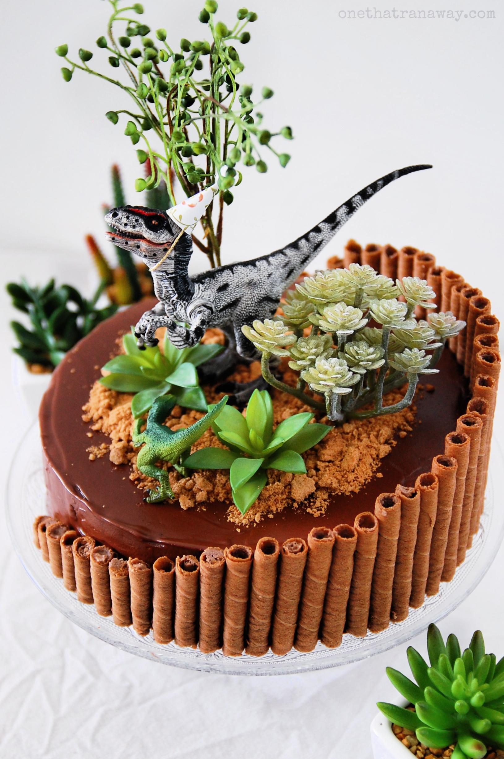 raptor birthday cake